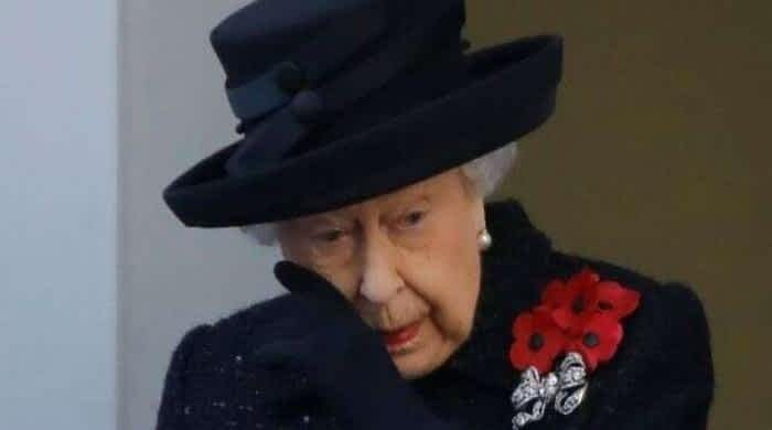 Queen Elizabeth distraught after record-breaking anniversary sparks frenzy within monarchy