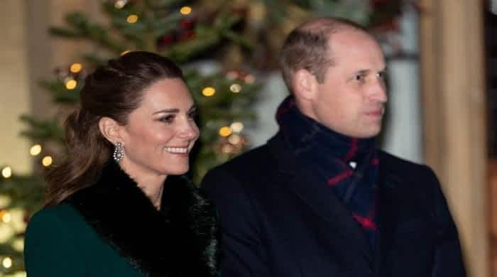 Kensington Palace issues rare statement on Kate and William's royal train fiasco