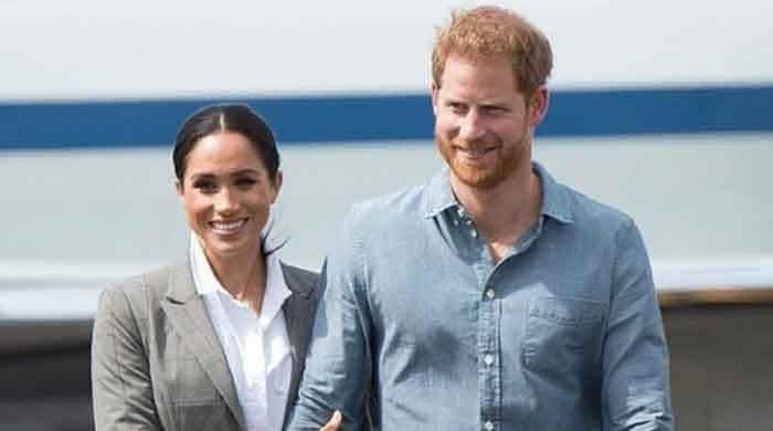 Prince Harry's latest move leaves fans guessing