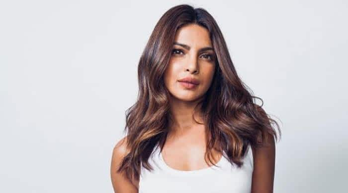 Priyanka Chopra planning to make a banging Bollywood comeback